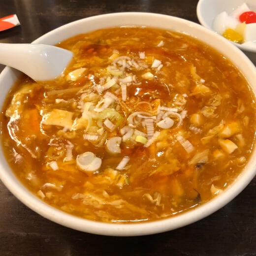 秀味園 酸辣湯麺